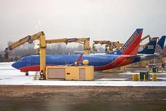 Aircraft De-icing - SWA Deicing
