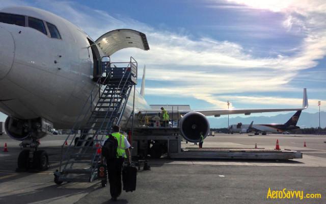 Boarding the Boeing 767