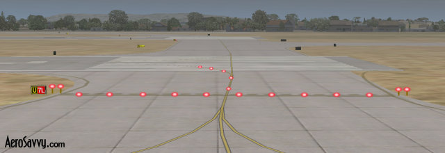 Runway Status Lights - Airport Lights - AeroSavvy