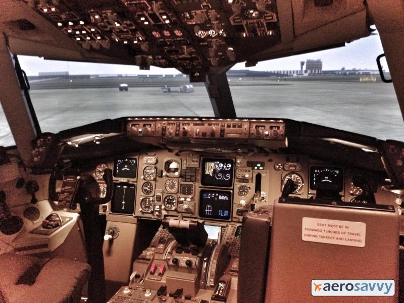 767 Simulator Cockpit - Recurrent Training - AeroSavvy